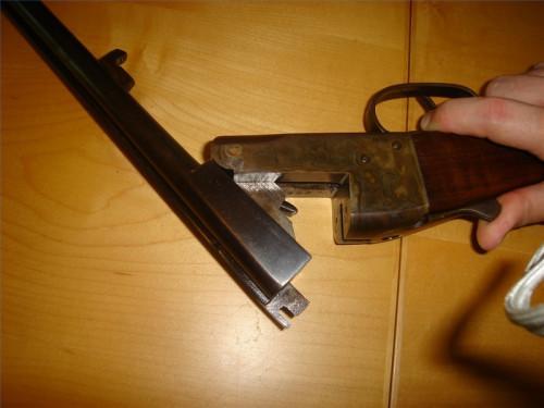 Cómo desmontar una escopeta de doble cañón