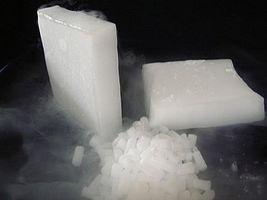 Cómo manejar y usar hielo seco