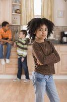 Maneras de enseñar a un niño no juzgar a otros