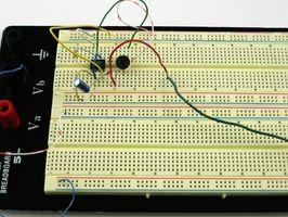 Símbolos utilizados para representar un circuito de componentes eléctricos