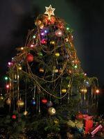 Cómo solucionar problemas de las luces del árbol de Navidad