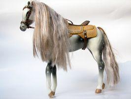 Cómo encontrar el nombre o año de mi caballo Breyer