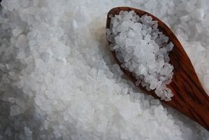 Cómo separar una mezcla de sal y azúcar