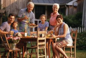 Cómo hacer amigos con sus suegros