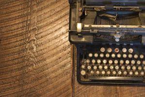 Cómo usar una máquina de escribir de la vendimia por un libro de visitas de la boda