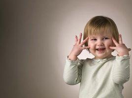 Cómo enseñar a los niños las partes de la cara