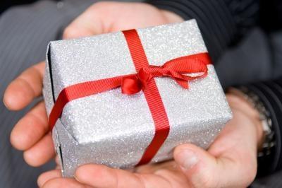 Artes y manualidades para los regalos del aniversario