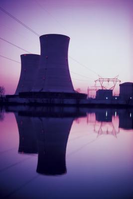 Las ventajas de usar la fisión nuclear a potencia de generación eléctrica Plantas