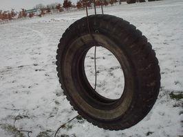 Cómo colgar una oscilación del neumático cuando usted no tiene un árbol