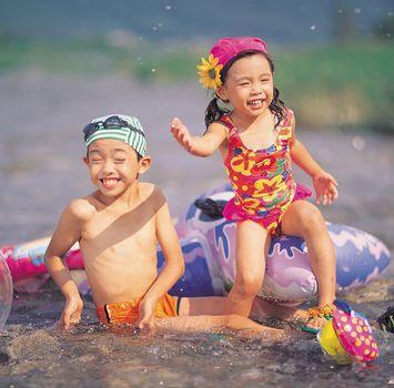 Seguridad en el Agua: Lo que los padres deben saber