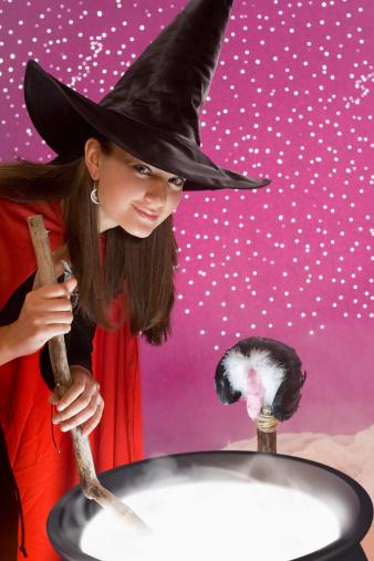 Juegos divertidos para jugar con alta escuela de los niños para Halloween