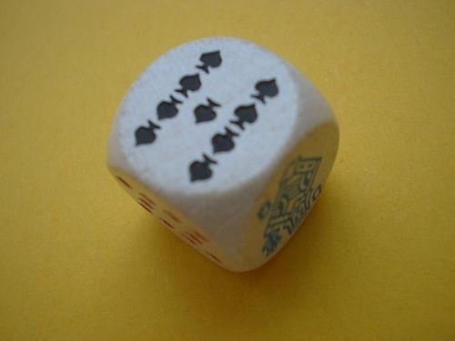 Cómo jugar la Escalera Real Poker Juego de dados