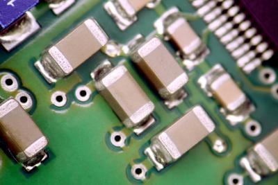 Ventajas y desventajas de los condensadores cerámicos