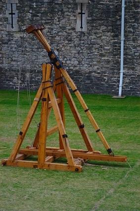 Las instrucciones simples de construcción Catapulta