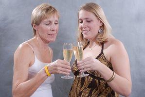 Cómo escribir una madrina de honor de la boda de la tostada