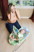 Cómo calmar a un bebé llorando con la curación de la abrazo