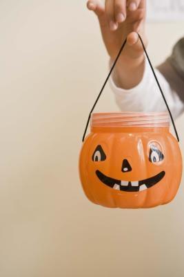 Ideas para el Eco-friendly invitaciones de Halloween
