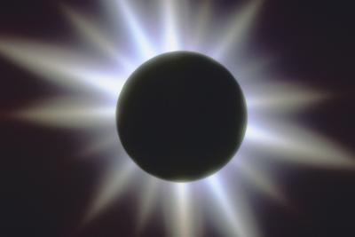 ¿Cómo puedo saber la diferencia entre un lunar y Eclipse solar?