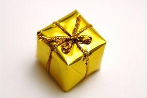Cómo empacar regalos para una boda