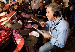"Cómo utilizar baterías Yamaha electrónicos con ""Rock Band 2"""