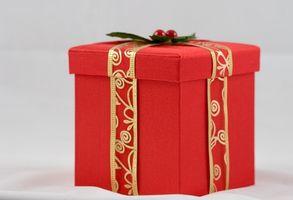 Ideas para poner en una caja para una familia en Navidad
