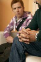 Los adolescentes que ayudan a identificar los valores