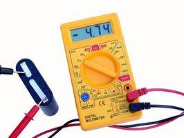 Cómo instalar un regulador de 12 voltios