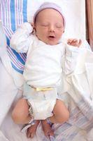 ¿Cuánto duran los recién nacidos Supone que mantener el contacto visual?