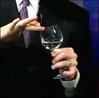 Cómo hacer una octava con copas de vino