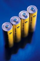 Dos elementos utilizados en las baterías de NiCd