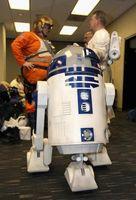 """En """"Lego Star Wars,"""" ¿Cómo R2 llegar al otro lado de la habitación en Canciller en el peligro?"""