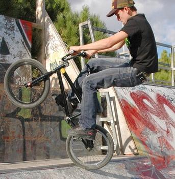 Lista de trucos de BMX Bike