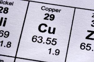 Cómo hacer una solución de cobre Ion