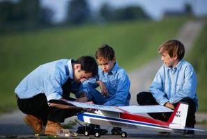 Cómo limpiar un motor del aeroplano modelo