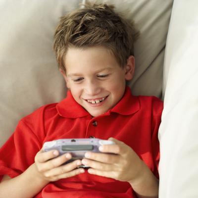 Cómo saber qué placa madre del número de serie en una PSP Slim