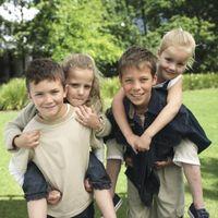 No hermanos mayores Influyen hermanos menores de mala conducta?