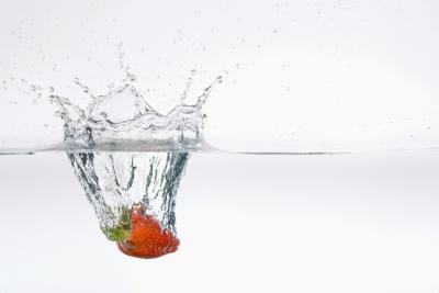 Cómo fotografiar Algo caída en agua