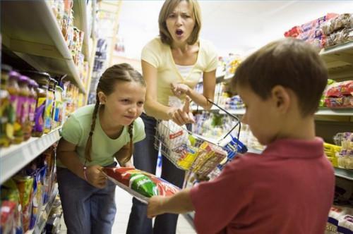 Cómo disciplinar a los niños en Público