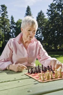 Instrucciones para jugar al ajedrez y Go Fish Games