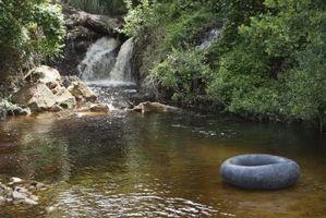 Los efectos que aumentan o disminuyen la cantidad de oxígeno disuelto en el agua