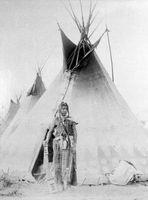 Cómo construir una tienda de los indios de la lona