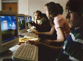 """Trucos en cómo cambiar el idioma del juego en """"The Sims 2"""""""