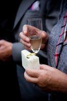 La etiqueta de la boda para mejor hombre brindis