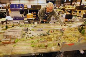 Cómo Tack Mi Pista modelo de tren de madera contrachapada