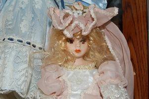 Cómo identificar una muñeca de porcelana