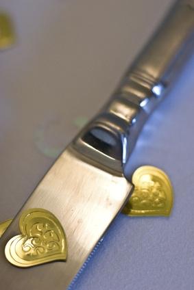 Cómo quitar un cuchillo de la lámina Sterling