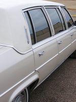 La etiqueta del coche de la boda