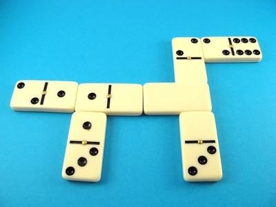 Instrucciones para jugar dominós
