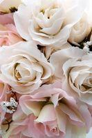 Cómo hacer un ramo de novia de atado a mano durar todo el día
