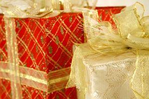 Cómo hacer regalos de Navidad con materiales reciclados